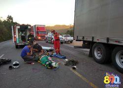 Motociclista fica ferido em acidente na RSC-453 em Garibaldi