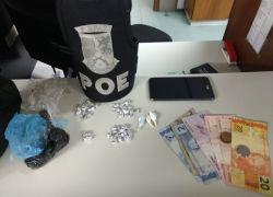 Jovem é detido com drogas no Barracão em Bento