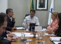 Ministro da Saúde garante portaria reduzindo custo para abertura de clínicas de nefrologia