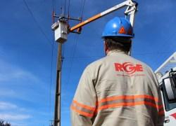 Começa a se normalizar o abastecimento de energia no RS