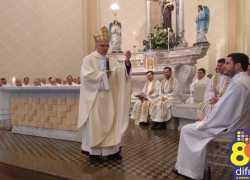 Jovem diácono de Bento é ordenado padre em cerimônia com emoção e fé