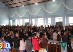 Mais de 800 pessoas participam da Festa do Agricultor do STRBG em Monte Belo