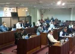 Câmara aprova dois projetos em sessão ordinária