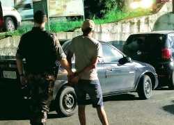 Foragido da justiça é detido pelo POE em Bento