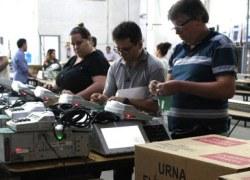 Justiça Eleitoral dá início ao período de carga e auditoria das urnas eletrônicas