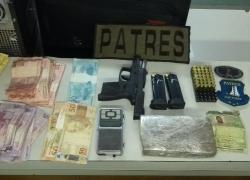 PATRES da Brigada Militar prende homem por tráfico de drogas e posse ilegal de arma em Bento