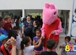 Dia das Crianças na Praça do CEU reúne centenas de crianças em Bento