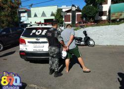 POE prende jovem com arma, munição e drogas nos Eucaliptos em Bento