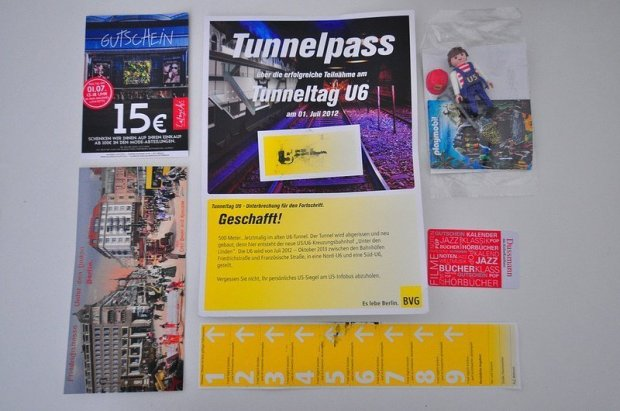 BVG U6 Tunneltag Urkunde und Geschenke