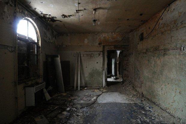 abandoned room gesellschaftshaus gruenau