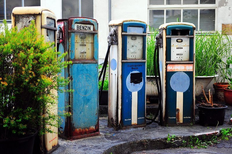 1920s abandoned gas pumps