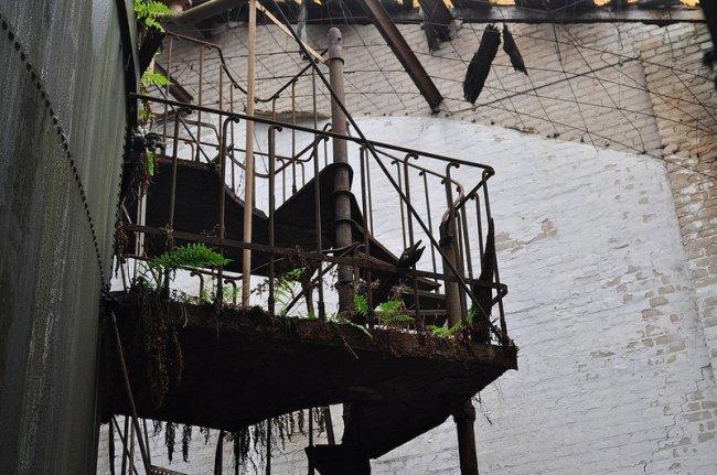 verlassene wendeltreppe veb baerensiegel adlershof berlin