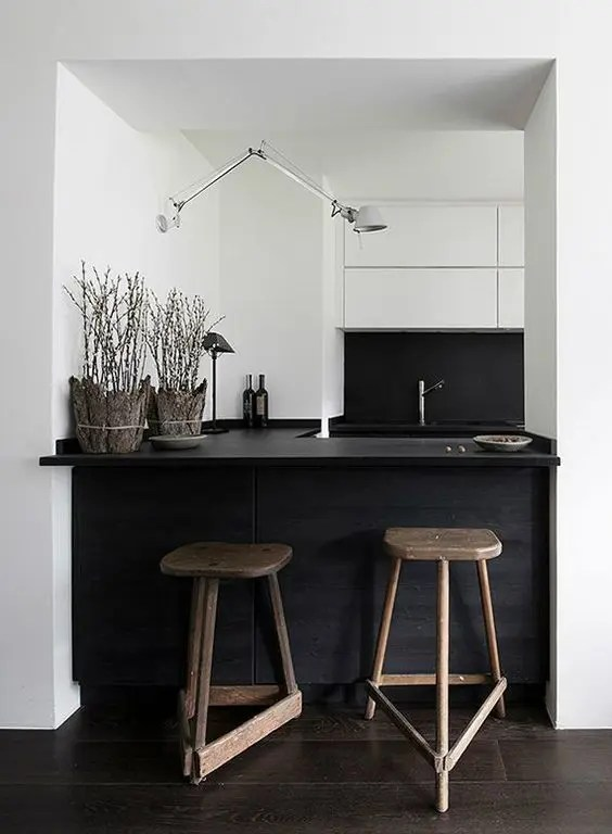 Kitchen Island Ideas With Bar 34 Timelessly Elegant Black And White Kitchens - Digsdigs