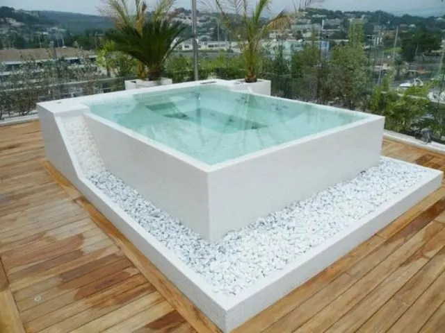 Dachterrasse Selber Bauen 30 Cool And Inviting Outdoor Jacuzzi Ideas - Digsdigs