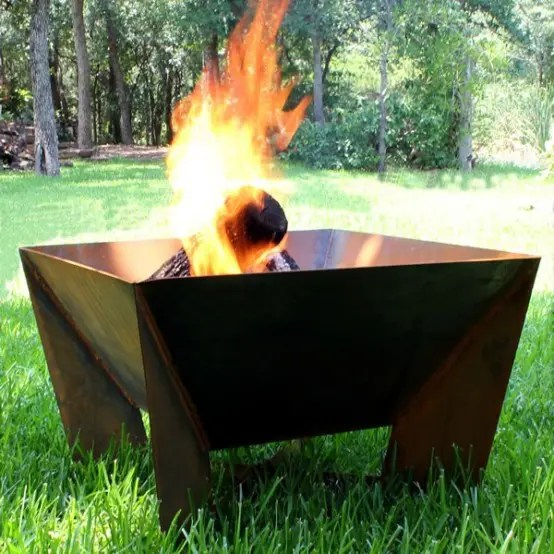 Feuerschale Mit Funkenschutz 62 Awesome Outdoor Fire Bowls To Add A Cozy Touch To Your