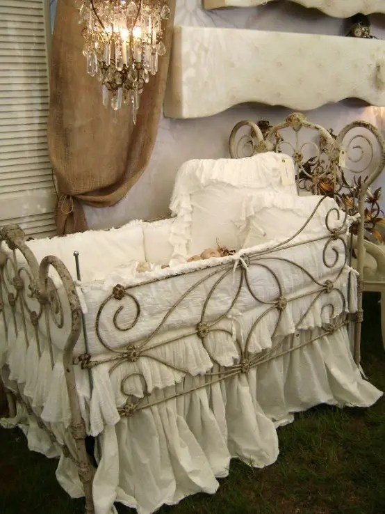 Baby Bassinet Cradle 40 Beautiful And Cute Shabby Chic Kids Room Designs Digsdigs