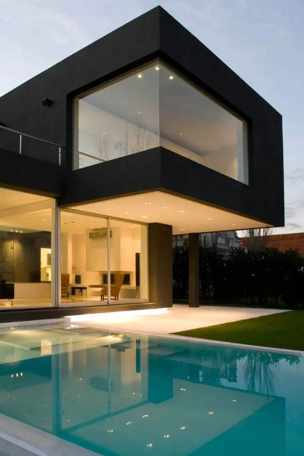 White House Black Windows The Black House For Young Couple - Casa Mck - Digsdigs