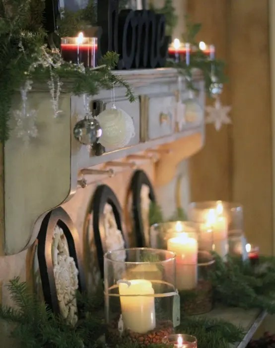 Front Door Design Traditional 40 Cozy Christmas Kitchen Décor Ideas - Digsdigs
