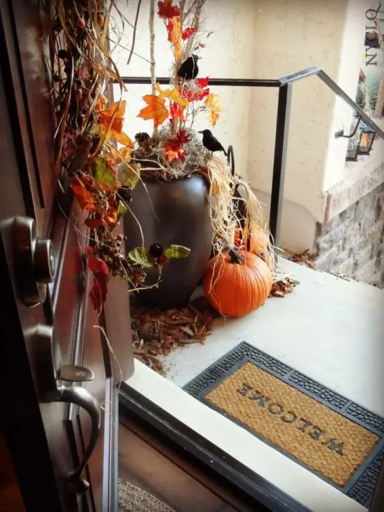 Rustic Home Decor 44 Cozy Rustic Halloween Decor Ideas - Digsdigs