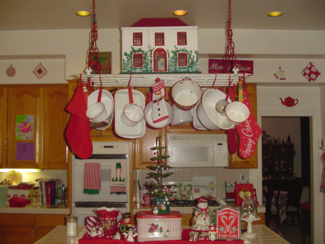 vintage kitchen red white christmas decoration digsdigs inspiring homebase kitchens furniture garden decorating diy