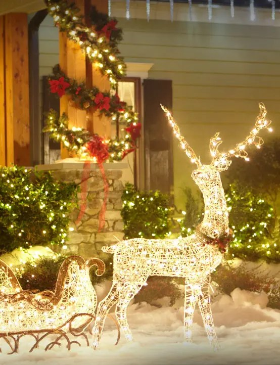 Ikea Front 26 Super Cool Outdoor Décor Ideas With Christmas Lights