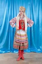 2289. женский прибалтийский национальный костюм