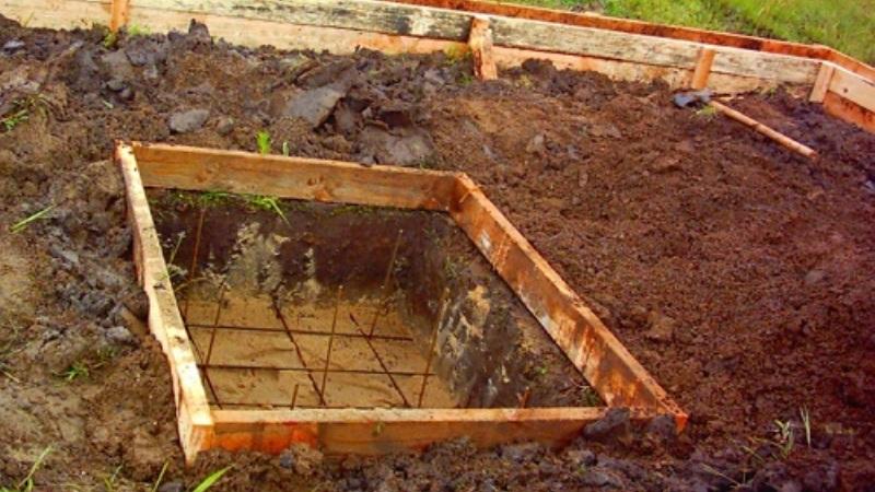 Как сделать яму для фундамента 160