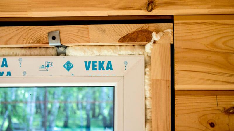 Установка стеклопакета в деревянном доме своими руками 13