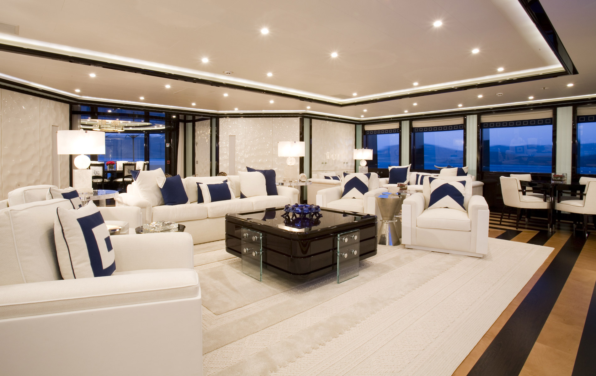 Inside Luxury Yachts Get Inside This Luxury Yachts With Gorgeous Interiors