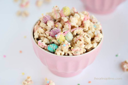 Cookie Butter Easter Popcorn