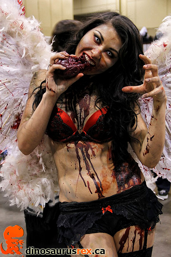 cosplay zombie angel girl
