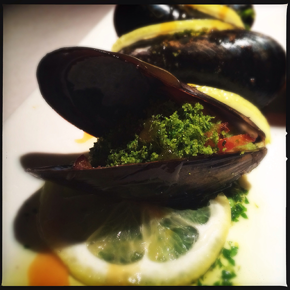 Bier Market - Baked Salt Spring Island Mussels