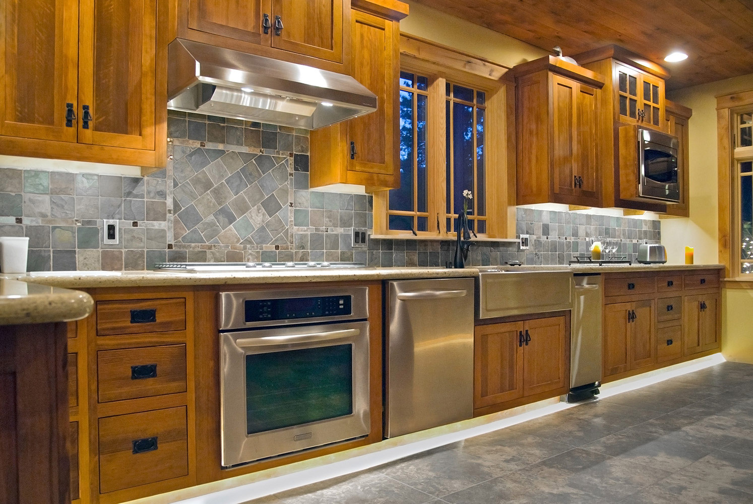 Kitchen Cabinets Under Lighting Toe Kick And Under Cabinet Lighting Diode Led
