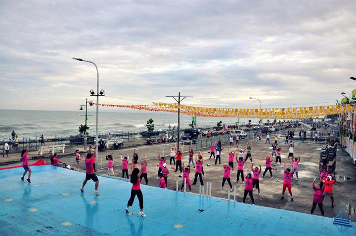 at Dipolog boulevard taebo exercise