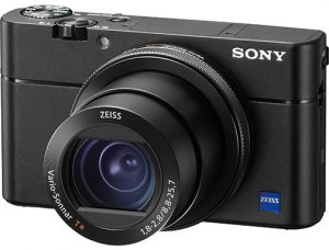 Sony-Cyber-shot-DSC-RX100-V-left