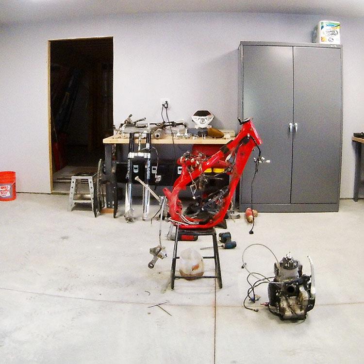 The DBT Team rebuilds a 300+ hour Beta 300RR