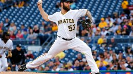 Pittsburgh Pirates starting pitcher Trevor Williams delivers during the first inning of the team's baseball game against the Tampa Bay Rays in Pittsburgh, Tuesday, June 27, 2017. (AP)