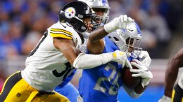Pittsburgh Steelers inside linebacker Ryan Shazier (50) tackles Detroit Lions running back Theo Riddick (25) during the second half of an NFL football game, Sunday, Oct. 29 2017, in Detroit. (AP)