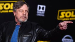 """Mark Hamill arrives at the premiere of """"Solo: A Star Wars Story"""" at El Capitan Theatre on Thursday, May 10, 2018, in Los Angeles. (AP)"""