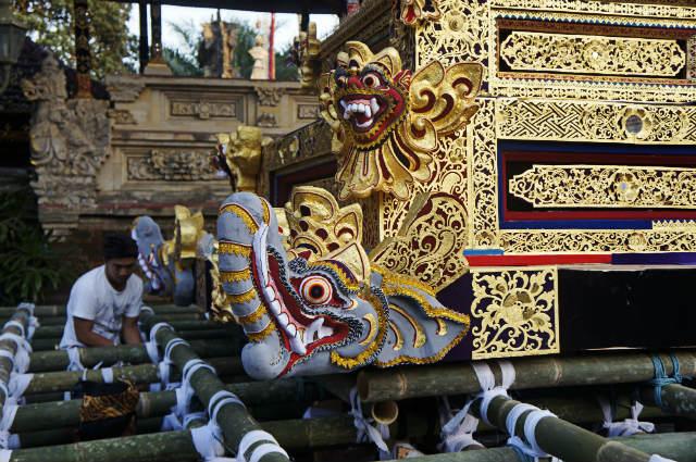 lembu royal cremation ubud