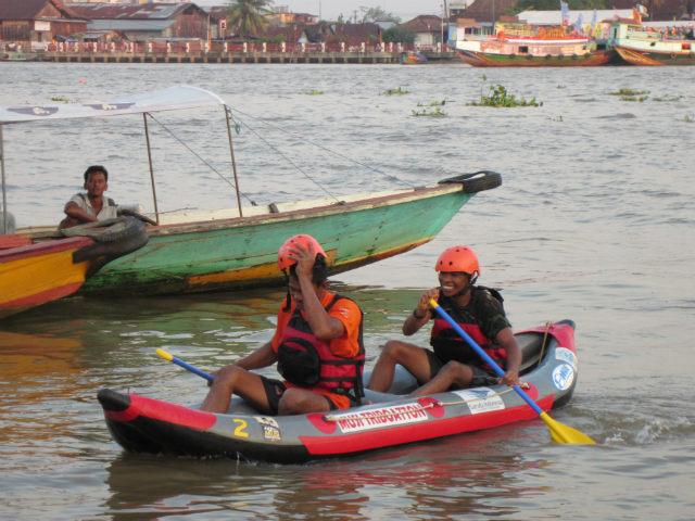 musi triboatton inflatable canoe