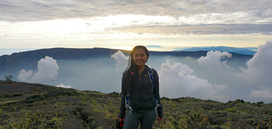 tambora crater indonesia