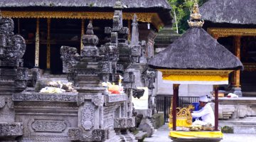 Tirta Empul holy water temple
