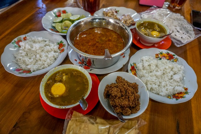 Pallubasa Serigala best food in Makassar