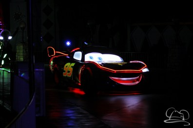 Lightning McQueen brings Route 66 to Disneyland's Paint the Night Parade.