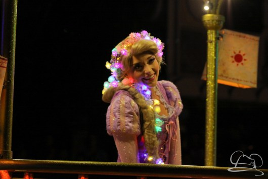 Rapunzel in Disneyland's Paint the Night Parade.