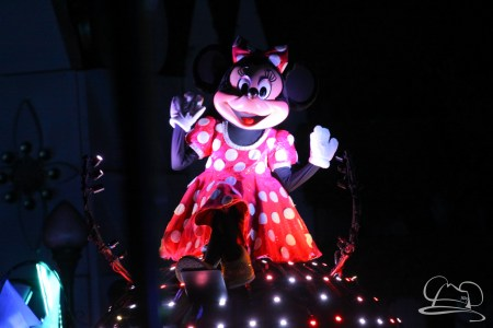 Minnie Mouse in Disneyland's Paint the Night Parade.