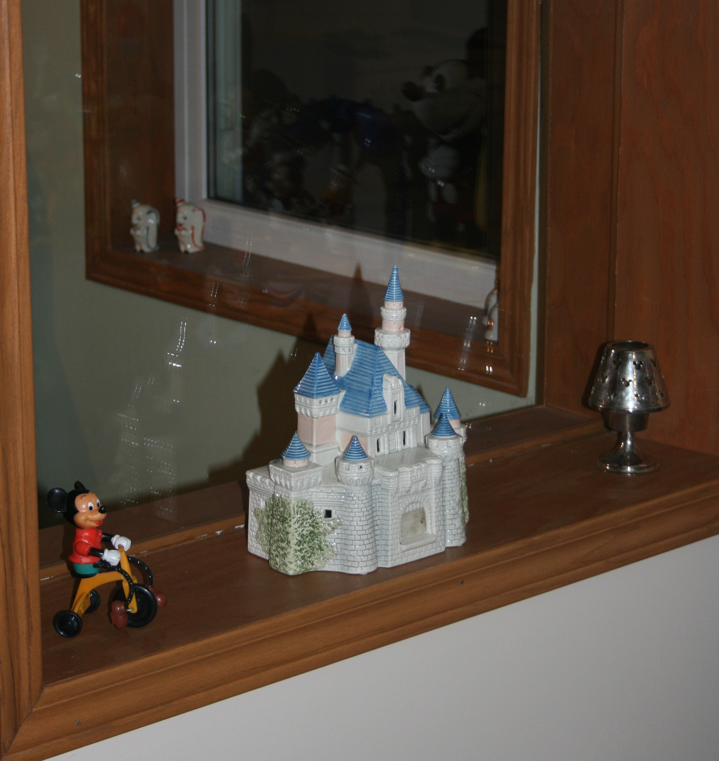 Disney Home Decor Sears Ceramic Disneyland Castle Disney Nouns