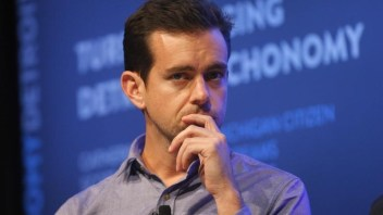 Twitter user numbers and revenue growth stalling