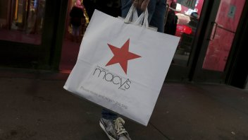 Retailers will use apps to lure shoppers back into stores